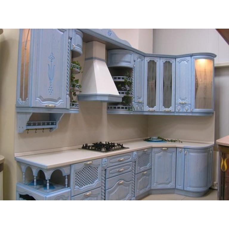 Кухня из массива дерева (Россия)